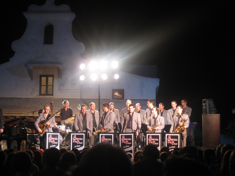 La Sonora Big Band inaugura el verano