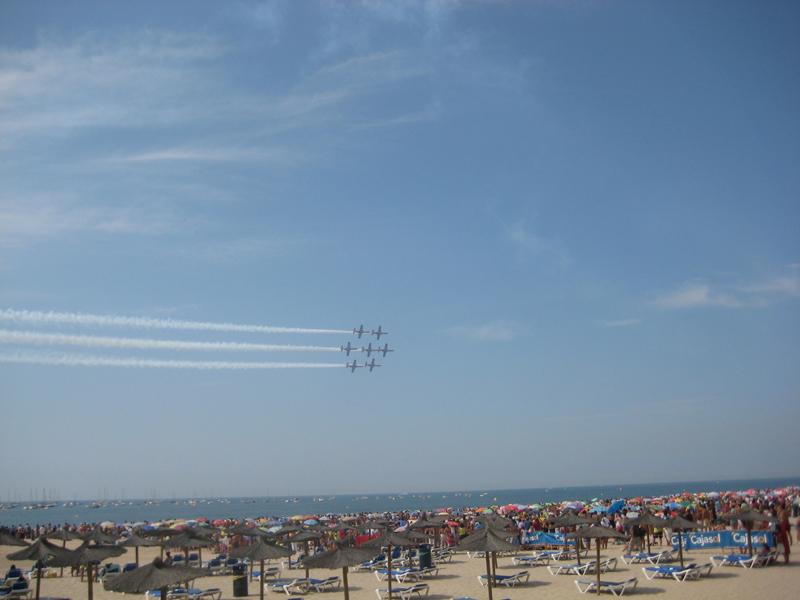 Espectáculo aéreo en Cádiz