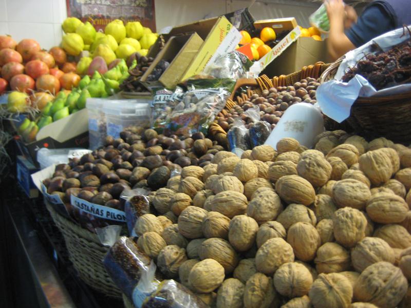 Mercado de día, mercado de noche
