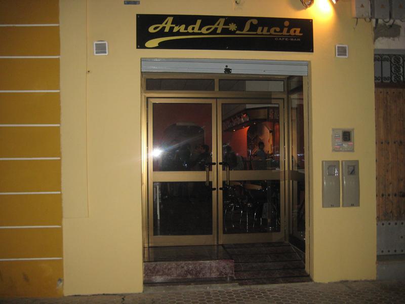 Inauguración del Bar Anda*lucía en Sevilla