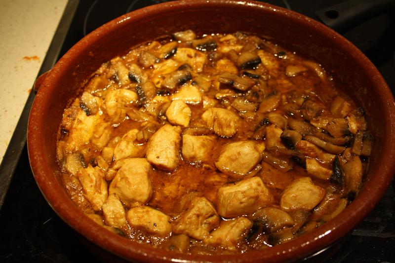 Pollo con champiñones de Arguiñano | Come En Casa