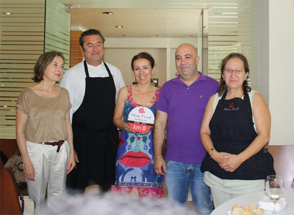 Cuatro cocineros Buenos, Limpios y Justos