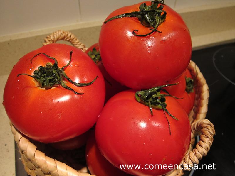 ¿Qué culpa tiene el tomate…..?