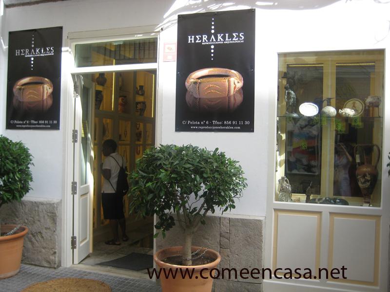 Herakles, regalos culturales en Cádiz