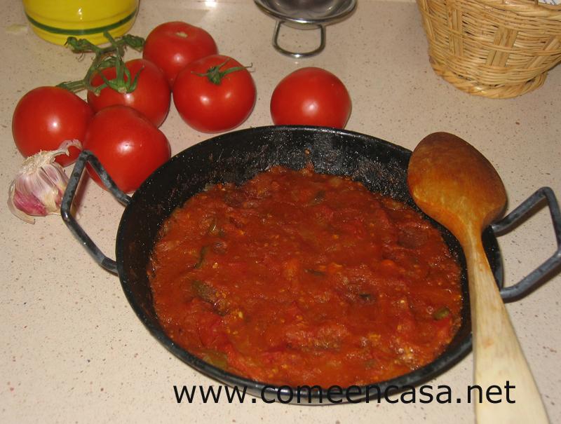 ¡Como mola el sofrito del tomate!