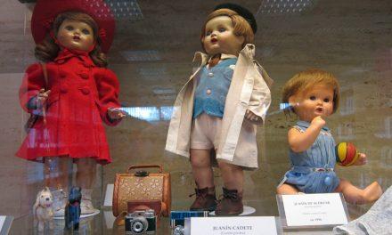Exposición de muñecas antiguas
