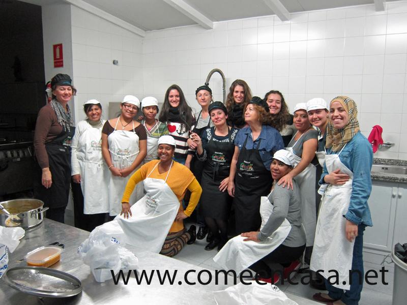 Estudiantes visitan Cocinando Tu Futuro