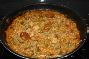 arroz con chipirones y chorizo
