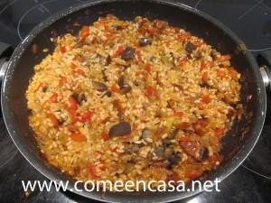 arroz con chorizo y berenjena