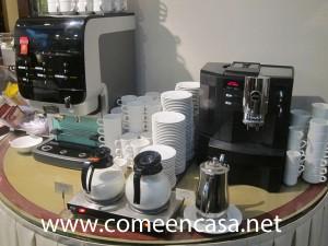 hotel becquer cafés