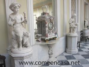Palacio de Mora estatuas
