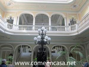Palacio de Mora patio