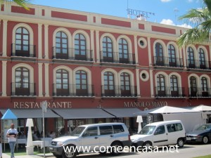 Manolo Mayo fachada