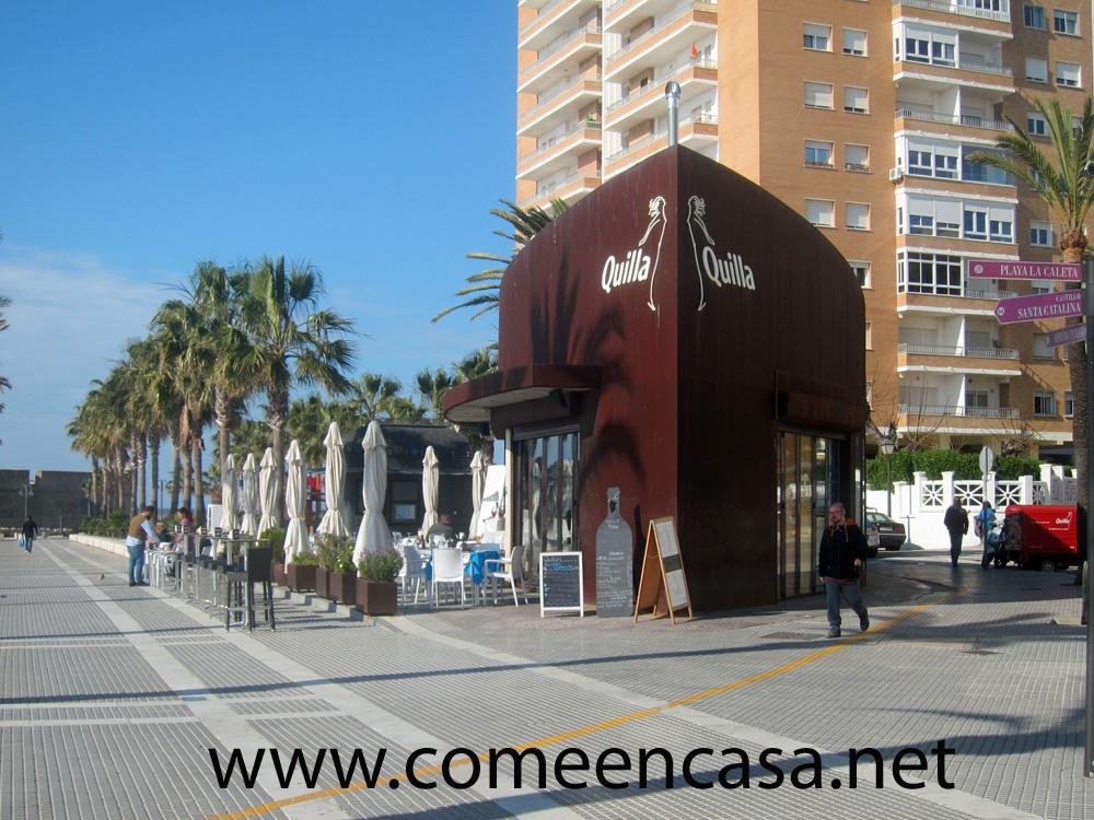 Quilla: quiosco de lujo en La Caleta
