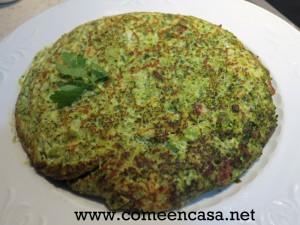 Tortilla de brócoli y queso fresco