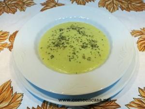 Crema de calabacines con cebolla caramelizada