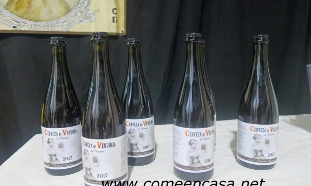 La Piñonera presenta su Cerveza de Vendimia