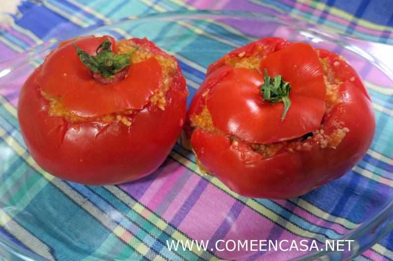 Tomates rellenos de cuscús