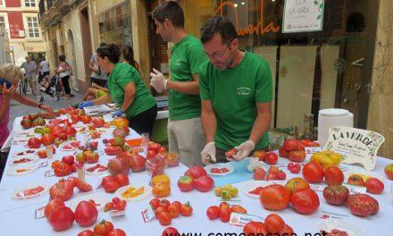Cata de tomates en La Huerta Ecotienda