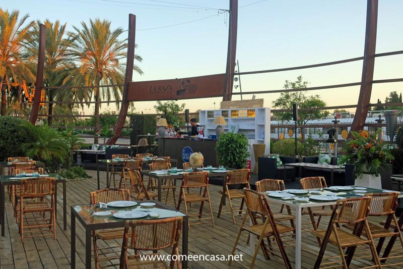 Sevilla, su rio y el mundo en T-RAZA PUERTO