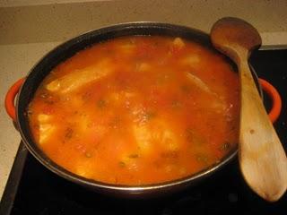 Cazón con tomate aromático