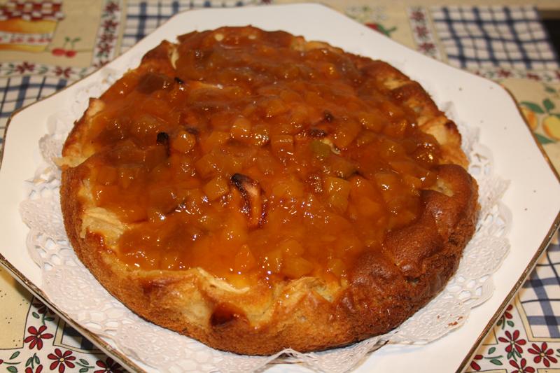 Tarta de manzana y confitura de albaricoque