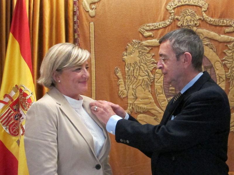 Hilda Martín ingresa en el Ateneo de Cádiz