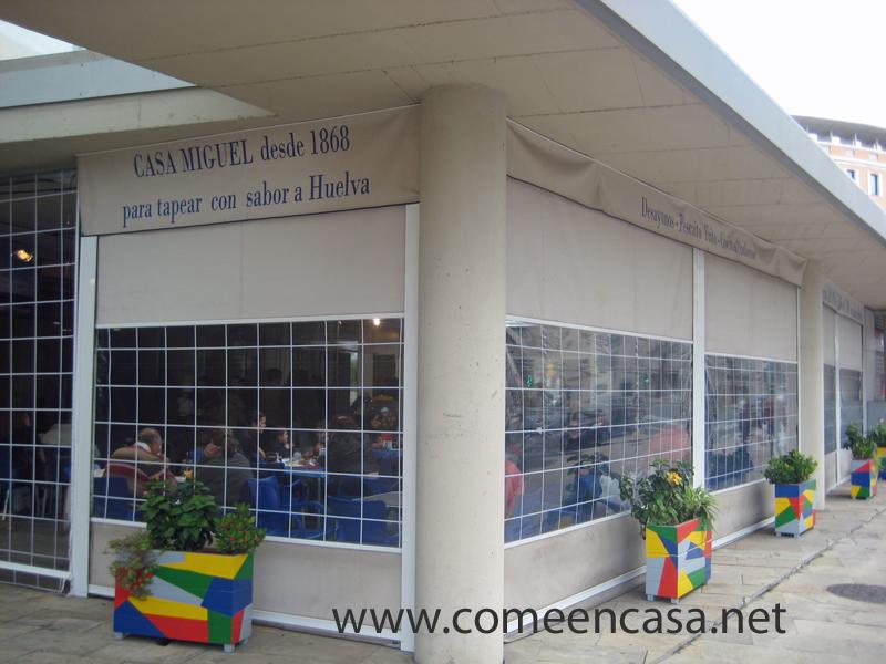 Casa Miguel, en el mercado de Huelva