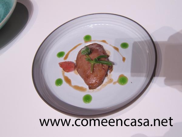 Royal de chivo payoyo con ensalada de verduras