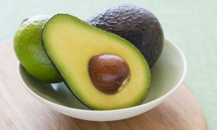 5 alimentos calóricos llenos de nutrientes que pueden ayudarte a bajar de peso
