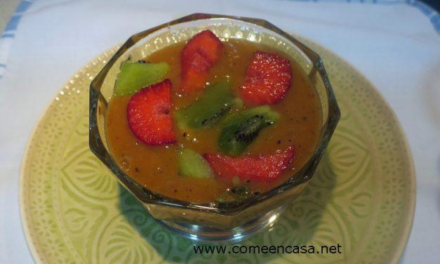 Puré de mango, fresas y kiwis