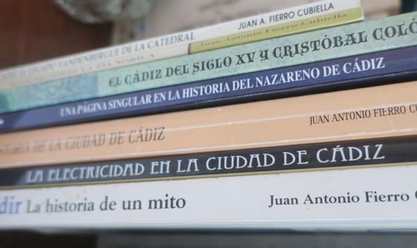 Los libros de Juan Antonio Fierro